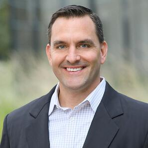 Dale Zwizinski as Vice President of Sales Beezy